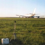Aircraft noise measured with a microphone